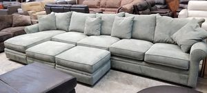 Doss oversized sectional sofa for Sale in Decatur, GA