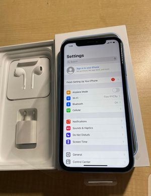 iPhone xr unlocked for Sale in Washington, DC
