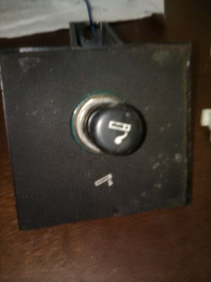 1994 jeep Cherokee transmission and wiper switch.... cigarette lighter for Sale in El Paso, TX