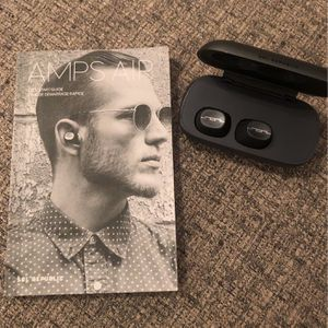 SOL REPUBLIC Amps Air Totally Wireless Bluetooth Earbuds for Sale in New York, NY