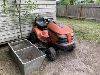 """Husqvarna Riding Lawnmower 46"""" for Sale in Portland,  OR"""
