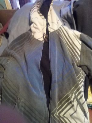 XL Warm Jacket for $3 for Sale in Peoria, IL