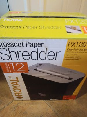 15 to 40 dollars paper shredders. Used to new in box for Sale in Gardena, CA