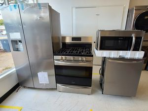 Frigidaire stainless steel side by side refrigerator, gas stove, dishwasher & microwave new with 6month's warranty for Sale in Mount Rainier, MD