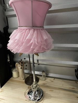 Pink Lamp for Sale in Grapevine, TX