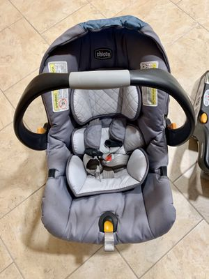 Chicco Keyfit 30 infant car seat and 3 bases for Sale in Rocky River, OH