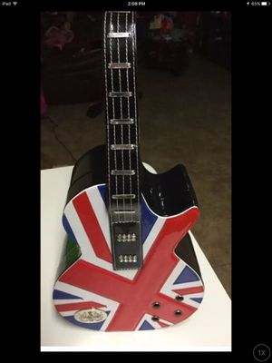 Soul of the Rose Brit guitar make-up case / purse $40 for Sale in Hialeah, FL