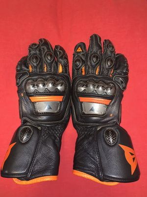 Dainese Full Metal 6 Gloves Size: small for Sale in Burbank, CA