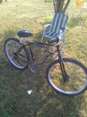 """Cruiser 26"""",with multi speeds,vintage,made by Ross,this is a well built,heavy duty bike. for Sale in Saint CLR SHORES, MI"""