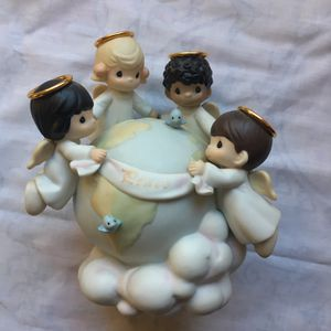 Precious Moments Christmas Figurine for Sale in Lakeside, CA
