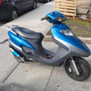 150cc Moped for Sale in Waterbury, CT