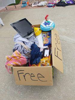Free Gratis for Sale in Rialto,  CA