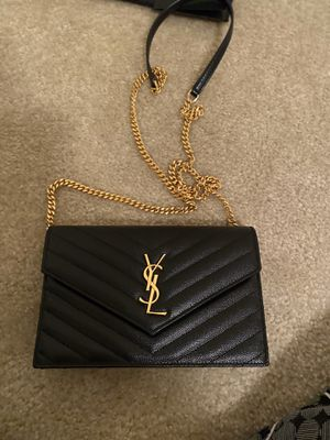 YSL Saint Laurent wallet on a chain crossbody for Sale in Marshall, VA