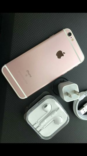 Iphone 6s, 16gb - factory unlocked & excellent condition for Sale in Springfield, VA