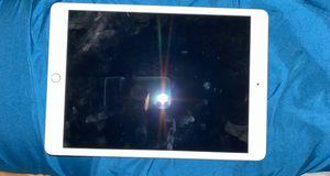 10.2in iPad 7th Gen 32gb silver for Sale in San Antonio, TX