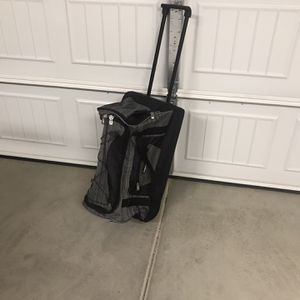Rolling Duffle Bag for Sale in Riverside, CA