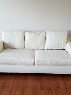 Llyods Chatnam Sofa U.s.a. Made for Sale in Woodbridge,  VA