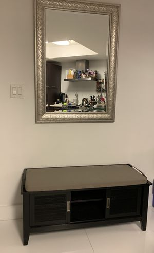 Entryway storage bench with mirror for Sale in Bal Harbour, FL