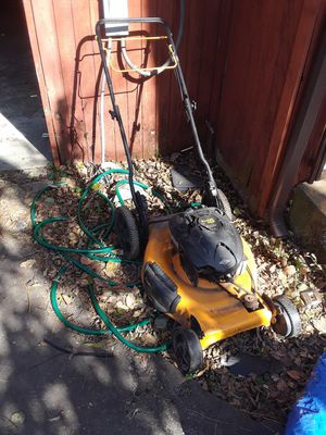 Self-propelled lawn mower for Sale in Dallas, TX