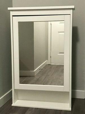 IKEA Hermnes Medicine Cabinet for Sale in Oregon City, OR