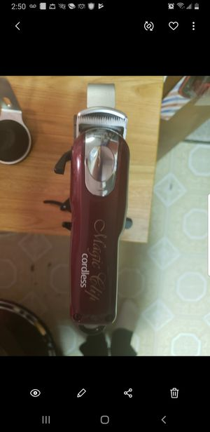 Like new wahl magic clip cordless for Sale in Hickory Hills, IL