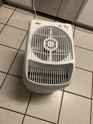 Aircare Evaporative Humidifier for Sale in Glendale, AZ