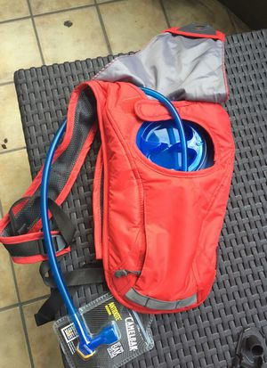 CAMELBAK - runners backpack for Sale in Miami, FL