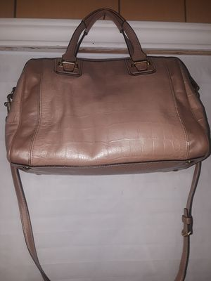 Fashionable gold COACH purse. Can be used as cross body or arm pourse for Sale in Dallas, TX