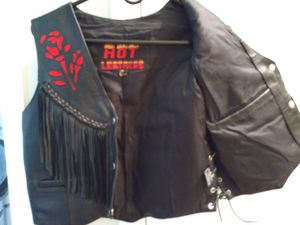 Genuine Hot Leathers ladies black fringe leather vest for Sale in PT ORANGE, FL