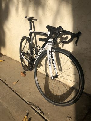 Raleigh Militis Road bike 57cm for Sale in Fresno, CA
