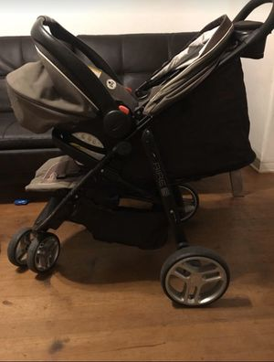 Stroller - Graco Aire 3 Travel System for Sale in FL, US