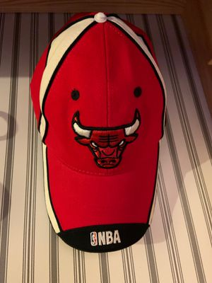 Chicago bulls cap for Sale in Bloomingdale, IL