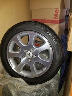 Mercedes Rims Prime Well tires for Sale in Chillicothe,  IL