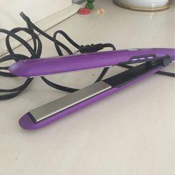 💇🏽♀️ Hair Straightener for Sale in Glen Burnie,  MD