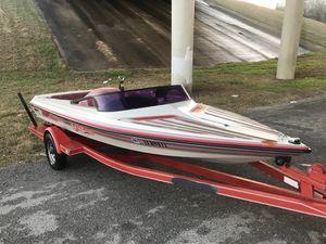 350 V8 inboard ski boat! Runs great for Sale in Austin, TX