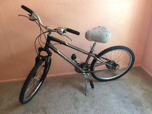 Giant Bike (Read Description) for Sale in Phoenix, AZ