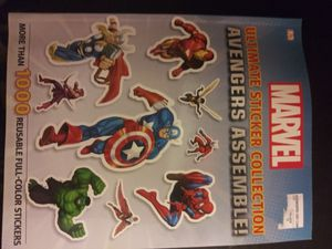 *NEW* 1000 pc Spiderman Sticker Book for Sale in Kentwood, MI