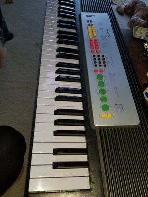 Musical fun keyboard player for Sale in Joliet, IL