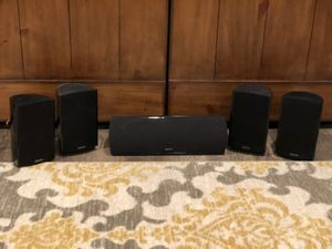 Definitive Audio 5 speaker & Yamaha receiver for Sale in Seattle, WA