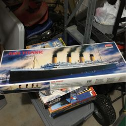 RMS Titanic Minicraft Model Kit for Sale in Greensburg,  PA