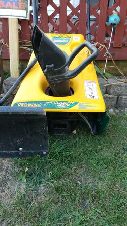 Yard man snow blower for Sale in Springfield,  IL