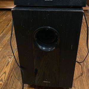 Onkyo speaker Set With Powered Subwoofer for Sale in Glendale, CA