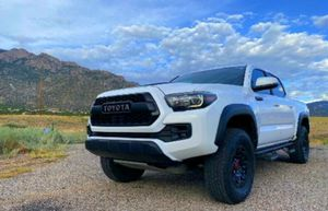 $14OOO AUTOMATIC TRANS/ Tacoma Pickup 2O17 for Sale in US