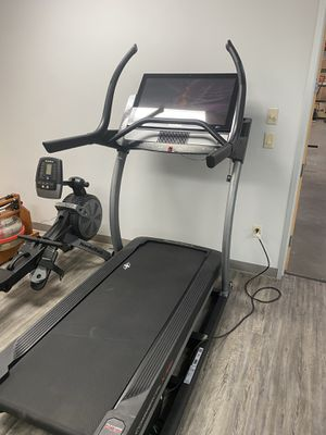 "NordicTrack X32i Commercial Incline Trainer with 32"" screen and 1 year ifit for Sale in Peoria, AZ"