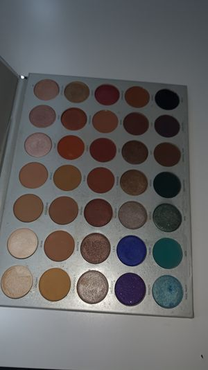 Morphe jaclyn hill palette for Sale in Los Angeles, CA