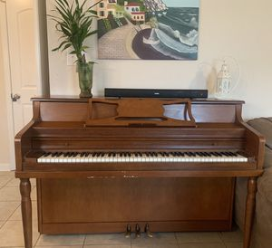 Piano for sale very great sound all keys work perfectly for Sale in Murfreesboro, TN