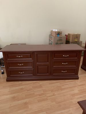 FREE Bedroom Furniture Set for Sale in Rancho Cucamonga, CA