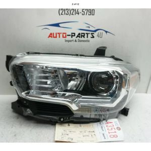 2016 2017 2018 TOYOTA TACOMA LEFT DRIVER HALOGEN W/ LED HEADLIGHT OEM UC43518 for Sale in Compton, CA