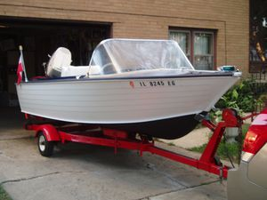 Antique Restored Boat for Sale in Mount Prospect, IL