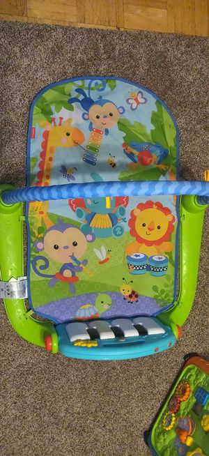 Fisher price kick and play piano for Sale in Tacoma, WA